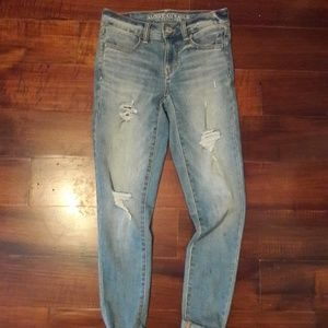 American Eagle light wash distressed jeans